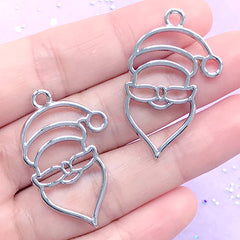 Kawaii Santa Claus Open Bezel Pendant | Christmas Holiday Deco Frame | UV Resin Jewellery Supplies (2 pcs / Silver / 23mm x 35mm)