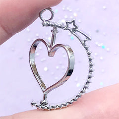 Rotary Heart Open Bezel Pendant with Shooting Star | Spinning Deco Frame for UV Resin Filling | Kawaii Jewellery DIY (1 piece / Silver / 23mm x 31mm)