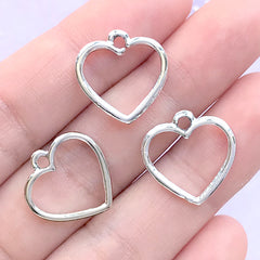 Little Heart Open Bezel Pendant for UV Resin Filling | Hollow Heart Frame Charm | Kawaii Jewelry Making (3 pcs / Silver / 17mm x 17mm)