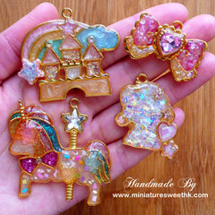 Kawaii Castle Open Back Bezel Pendant | Fairy Kei Jewelry DIY | Fairytale Charm | Deco Frame for UV Resin Art (1 piece / Gold / 48mm x 41mm)
