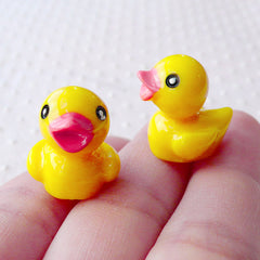 Yellow Bathing Duck Cabochon in 3D (15mm x 18mm / 2pcs) Cute Dollhouse Rubber Duck Kawaii Animal Decoden Phone Case Dust Plug Making CAB506