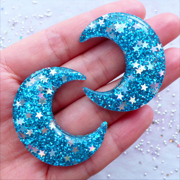 Crescent Moon Cabochons with Star Confetti | Glittery Moon Cabochon with Shimmer Glitter | Kawaii Cabochons | Bling Bling Embellishment | Decoden Phone Case (2 pcs / Blue / 33mm x 39mm / Flat Back)