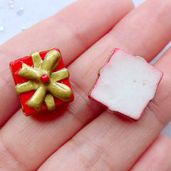 Christmas Gift Box Cabochons | Christmas Present Cabochon | Christmas Fairy Garden Decoration | Christmas Table Scatter | Xmas Party Decor | Christmas Phone Deco | Resin Flatback (2 pcs / 15mm x 10mm)