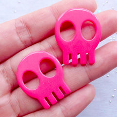 Kawaii Skull Cabochons | Resin Skeleton Head Cabochon | Halloween Decoration | Spooky Decoden Pieces | Kawaii Sweet Goth Jewellery Making (2pcs / Dark Pink / 23mm x 28mm / Flat Back)