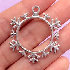 Snowflake Open Back Bezel Charm | Christmas Ornament Making | Snow Flake Deco Frame for UV Resin Filling (1 piece / Silver / 34mm x 38mm)