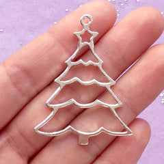 Christmas Tree Open Back Bezel Pendant | Christmas Ornament DIY | Kawaii Deco Drame for UV Resin Art (1 piece / Silver / 34mm x 44mm)