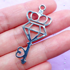 Diamond Key Open Bezel Charm | Magical Girl Jewellery Supplies | Kawaii Deco Frame for UV Resin Filling (1 piece / Silver / 18mm x 43mm)