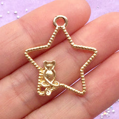 Magical Star and Kitty Open Bezel | Cat and Star Charm | Mahou Kei Deco Frame for UV Resin | Kawaii Jewelry Supplies (1 piece / Gold / 24mm x 27mm)