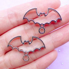 Creepy Cute Open Bezel | Bat Deco Frame for UV Resin Filling | Halloween Jewelry Supplies | Kawaii Goth Charm (2pcs / Silver / 29mm x 20mm / 2 Sided)