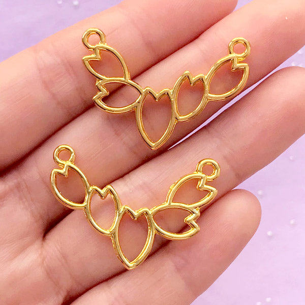 Cherry Blossom Petal Deco Frame for UV Resin Filling | Sakura Open Bezel | Floral Connector Charm (2 pcs / Gold / 33mm x 23mm / 2 Sided)