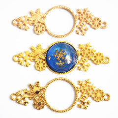 Snowflakes Connector Charm for UV Resin Craft | Round Open Bezel with Snow Flakes | Christmas Jewellery Supplies (1 piece / Gold / 23mm x 67mm)