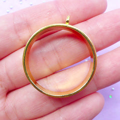 Deep Open Bezel in Round Shape | Thick Hollow Ring Charm for Epoxy Resin Filling | Deco Frame for UV Resin Jewelry Making | Outlined Circle Pendant (1 piece / Gold / 28mm x 32mm)