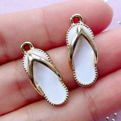 DEFECT Enamel Flip Flop Charms | Summer Jewellery Making (Gold / 2 pcs / 9mm x 24mm)