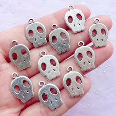 Kawaii Skull Charms | Kawaii Goth Supplies | Cute Halloween Jewellery Making (10pcs / 13mm x 18mm / Tibetan Silver / 2 Sided)