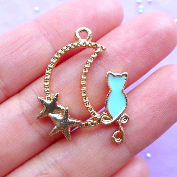 Moon and Cat Open Back Bezel Charm | Crescent Moon Outline Pendant | Kawaii Deco Frame for UV Resin Jewellery Making (1 piece / Gold & Blue / 22mm x 29mm)