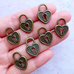 Bronze Key Lock Charms in Heart Shape | Lock My Love Pendant | Valentine's Day Supplies | Wedding Favor Decoration (7pcs / Antique Bronze / 14mm x 19mm / 2 Sided)