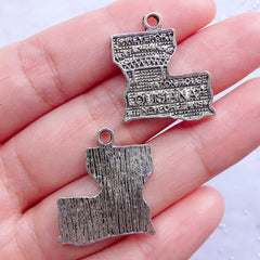 Louisiana State Charms | American State Pendant | USA State Tags | United States of America Charm | Patriotic Jewellery (4pcs / Tibetan Silver / 20mm x 24mm)