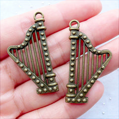 Pedal Harp Charms | Bronze Concert Harp Pendant | Musical Instrument Charm | Music Jewellery | Jewellery for Harp Player | Charm Necklace Making | Earrings DIY | Zakka Charm Supplies (2 pcs / Antique Bronze / 21mm x 40mm / 2 Sided)