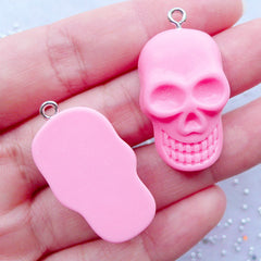 Resin Skull Charms | Kawaii Skull Cabochons with Eye Pin | Halloween Party Decor | Sweet Goth Jewellery DIY | Spooky Phone Case Deco | Decoden Supplies (2pcs / Pink / 19mm x 33mm / Flat Back)