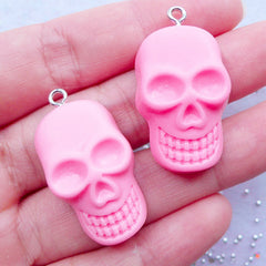 CLEARANCE Resin Skull Charms | Kawaii Skull Cabochons with Eye Pin | Halloween Party Decor | Sweet Goth Jewellery DIY | Spooky Phone Case Deco | Decoden Supplies (2pcs / Pink / 19mm x 33mm / Flat Back)