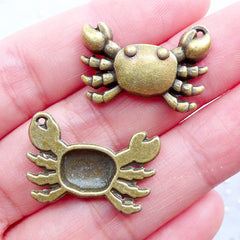 Crab Charms | Marine Life Pendant | Sealife Charm | Ocean Animal Charm | Beach Jewelry DIY | Charm Bracelet | Zipper Pull Charm | Zakka Craft Shop (4pcs / Antique Bronze / 24mm x 16mm)