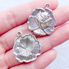 Silver Rose Pendant | Rose Charms | Floral Pendant | Flower Jewellery Supplies | Nature Charms | Wedding Decoration | Favor Charm | Zipper Pull Charm (3pcs / Tibetan Silver / 23mm x 26mm)