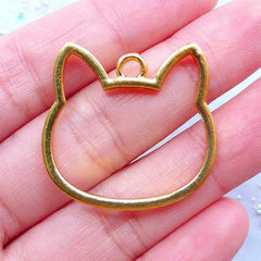 Kitty Head Open Bezel Pendant for UV Resin Art | Kawaii Cat Outline Charm | Animal Jewellery | Hollow Frame for Resin Filling (1 piece / Gold / 29mm x 28mm / 2 Sided)