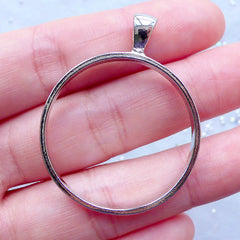 Open Back Bezel Charm | Hollow Round Pendant | Outline Circle Frame for UV Resin Crafts | Resin Jewelry Findings (Silver / 1 piece / 32mm x 41mm)