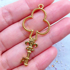 Playing Card Suit Key Open Bezel Charm | Club Suit Deco Frame for Kawaii UV Resin Jewelry Making (1 piece / Gold / 21mm x 48mm)
