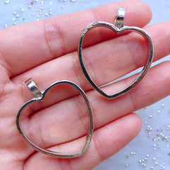 CLEARANCE Heart Open Bezel Pendant for Resin Jewellery DIY | Hollow Heart Charm | Open Back Deco Frame for UV Resin Filling (Silver / 2pcs / 28mm x 34mm)