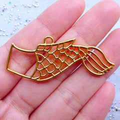 Koinobori Open Bezel Charm | Carp Wind Sock Outline for UV Resin Filling | Carp Flag Pendant | Kawaii Craft Supplies (1 piece / Gold / 49mm x 20mm)