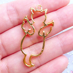 Cat with Angel Wing Open Back Bezel Charm for Kawaii UV Resin Jewellery Making | Winged Kitty Pendant | Kawaii Deco Frame (1 piece / Gold / 19mm x 40mm)