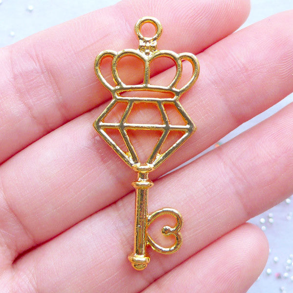Diamond and Crown Key Open Back Bezel Pendant | Kawaii Jewelry Supplies | Deco Frame for UV Resin Art (1 piece / Gold / 17mm x 41mm)