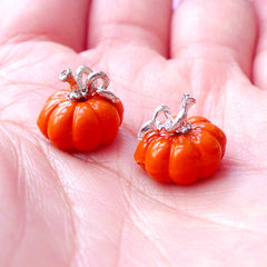 3D Pumpkin Enamel Charms | Halloween Jewellery Making | Dollhouse Miniature Food Charm | Party Supplies (2pcs / 12mm x 10mm)
