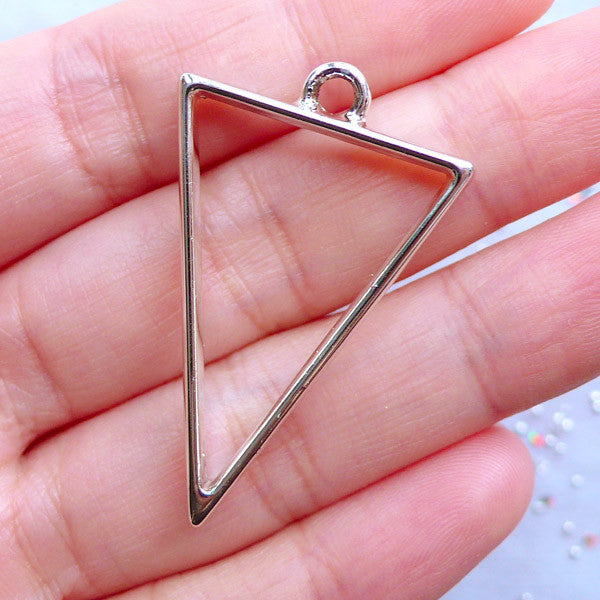 Triangle Open Bezel Pendant for UV Resin Crafts | Hollow Geometry Charm for Resin Filling | Geometric Jewelry Supplies (1 piece / Silver / 25mm x 39mm / 2 Sided)