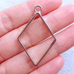 Rhombus Open Bezel Charm for UV Resin Filling | Outlined Pendant | Geometric Frame for Resin Crafts | Geometry Jewellery Supplies (1 piece / Silver / 26mm x 40mm / 2 Sided)