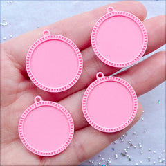 20mm Cameo Trays | Cute Cabochon Bases | Round Bezel Tray | Plastic Pendant Setting | Kawaii Jewellery DIY | Resin Findings (4pcs / Pink)
