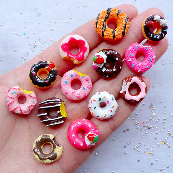 Assorted Miniature Donut Cabochons (13pcs / Mix / Flatback) Kawaii Dollhouse Doughnut Faux Sweets Decoden Phone Case Novelty Jewelry FCAB411
