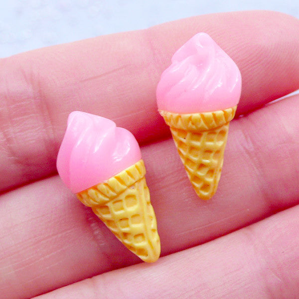Strawberry Ice Cream Cabochons in 3D | Dollhouse Food Cabochon | Miniature Sweets | Sweet Deco | Faux Food Jewelry | Kawaii Decoden (2 pcs / Pink / 10mm x 20mm)