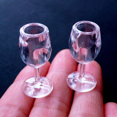 Miniature Wine Glasses | Dollhouse Glassware | Mini Plastic Cups | Doll House Tableware | Fake Food Craft | Doll Drink | Doll Props (2pcs / 14mm x 29mm / Clear)