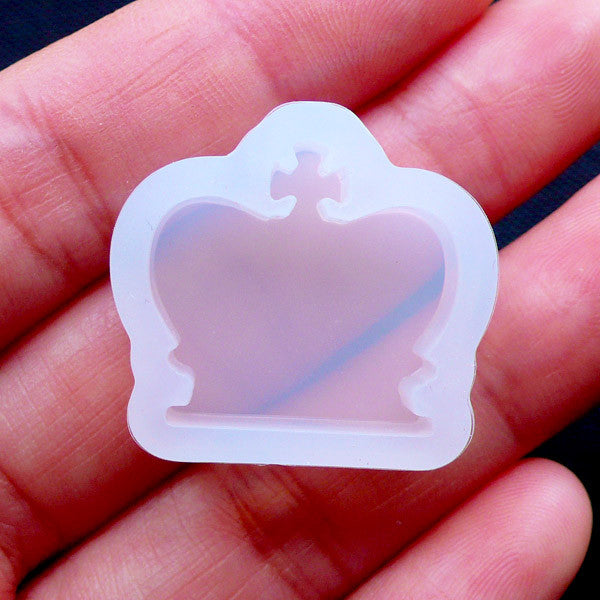 Crown Silicone Mould | Flexible Resin Mold | Kawaii Cabochon Mold | Decoden Supplies | UV Resin Mould | Epoxy Resin Clear Mold | Resin Jewelry Making (21mm x 19mm)