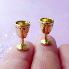 1:12 Scale Dollhouse Wine Goblets | Gold Miniature Wine Glass | Doll House Drink (2pcs / 8mm x 14mm)