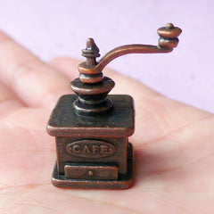 Dollhouse Miniature Coffee Grinder | 1:12 Scale Doll House Kitchenware (24mm x 29mm)