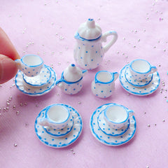 Set of 6 Coloured Mugs in 12th scale Dolls House Miniature