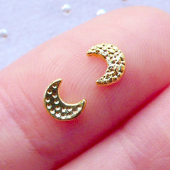 Crescent Moon Nail Charms | Nail Cabochons | Kawaii Nail Art | Celestial Nail Designs | Magical Girl Nail Decoration | Mahou Kei Nails | Fillers for Resin Art (4pcs / Gold / 4mm x 5mm)