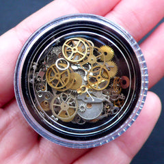 Steampunk Nail Art Charms | Mechanical Embellishments | Tiny Gearwheel | Mini Gear Part | Clockwork Cogs | Filling for UV Resin Crafts (Around 100 pcs / Silver, Gold & Copper)