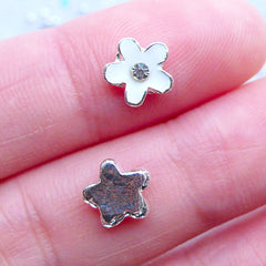 White Flower Nail Art Charms with Rhinestones | Floral Floating Charm | Flower Nail Art | Nail Decorations | UV Resin Crafts | Memory Locket Supplies (2pcs / White / 8mm x 7mm)