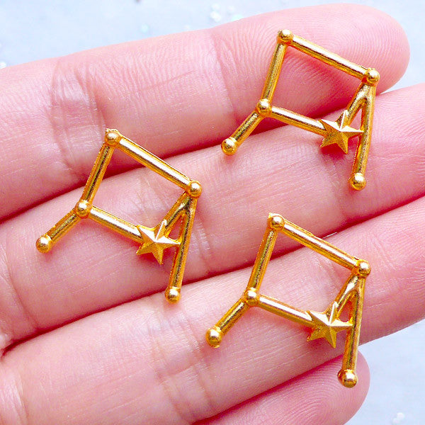 Libra Constellation Charms | Horoscope Star Map Charm | Cosmos Jewelry | Astrology Zodiac Charm | Astronomy Charms | UV Resin Filling Materials (3pcs / Gold / 18mm x 19mm)