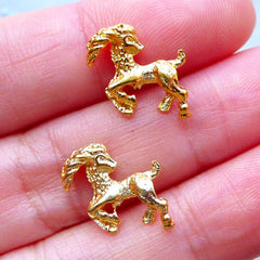 Capricorn Charms | Zodiac Sign Embellishments | Horoscope Filling Materials | Astrology Charm | UV Resin Jewelry (2pcs / Gold / 13mm x 12mm)