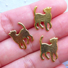Cat Looking Back Charms | Cute Kitten Charm | Kawaii Filling Materials for UV Resin Art (3pcs / Gold / 11mm x 15mm)